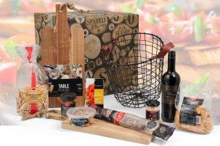 Kerstpakket Tapas met Plank in Basket