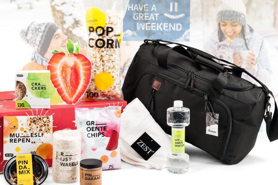 Weekendtas en gezonde producten in dit kerstpakket