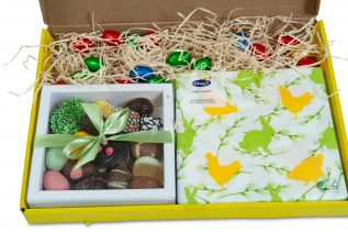 Paaspakket Happy Easter