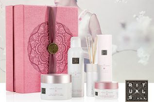 Kerstpakket The Ritual of Sakura renewing collection