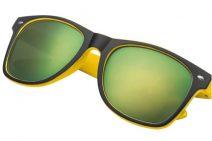 Zomerpakket met gele zonnebril